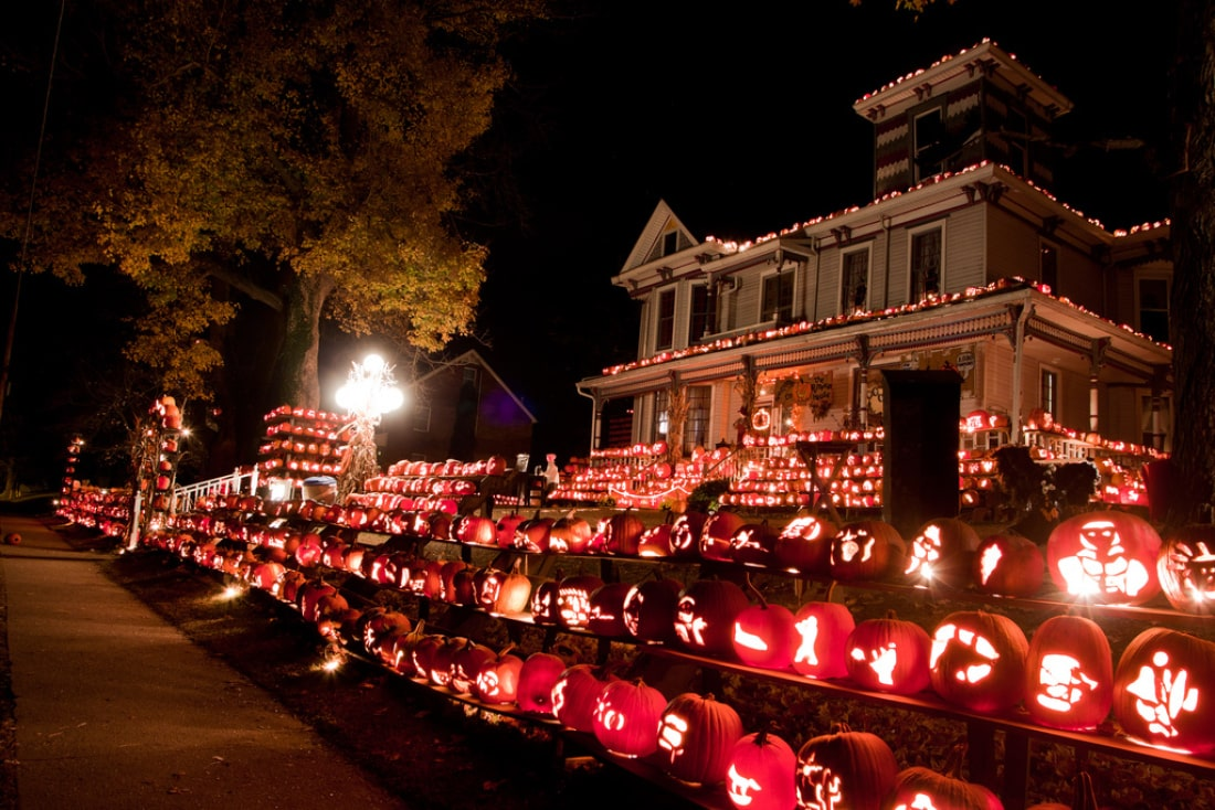 the very best haunted halloween houses! - furniture stores ireland
